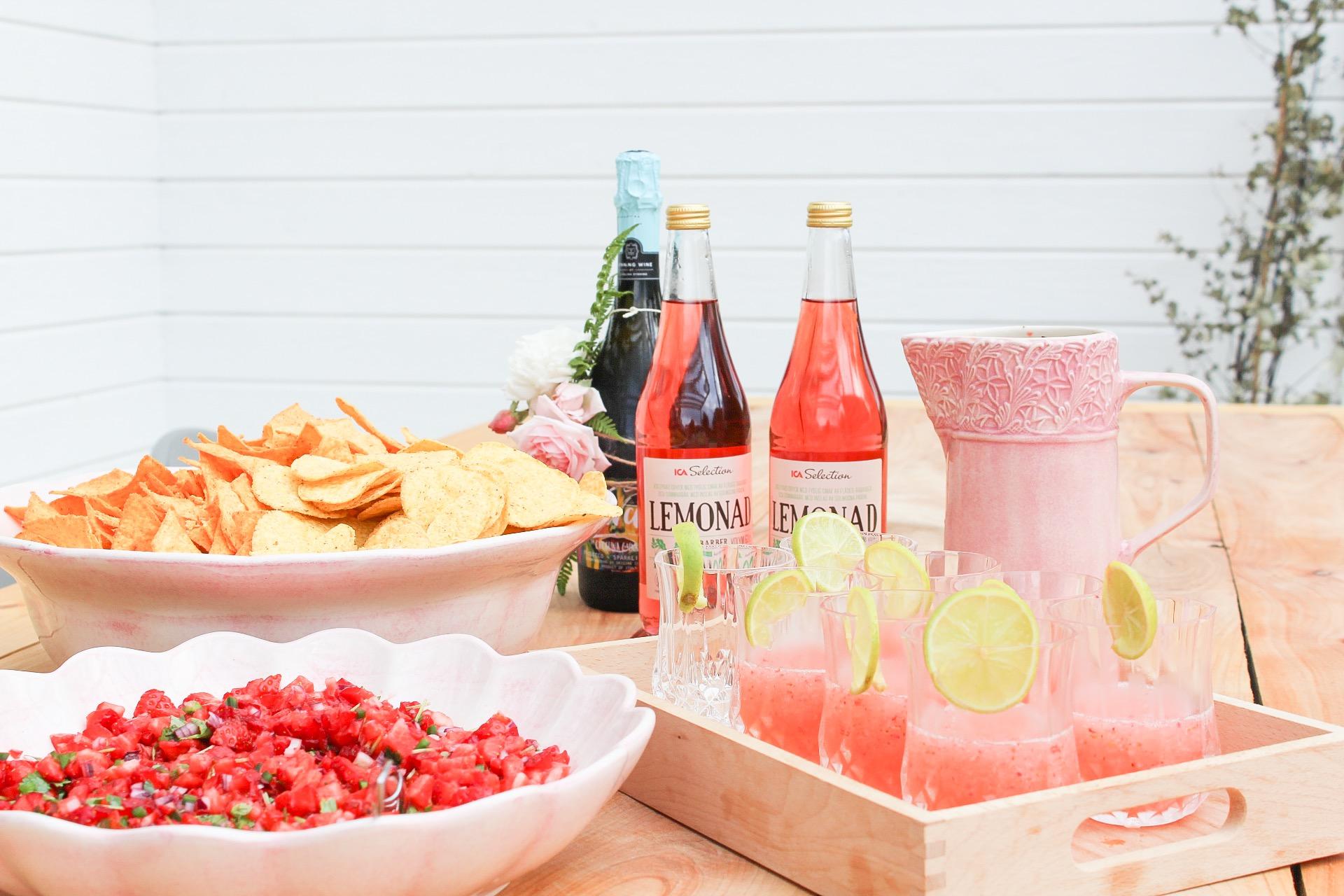 Frosé, bubbel, lemonad, jordgubbssalsa och massor av tortillachips
