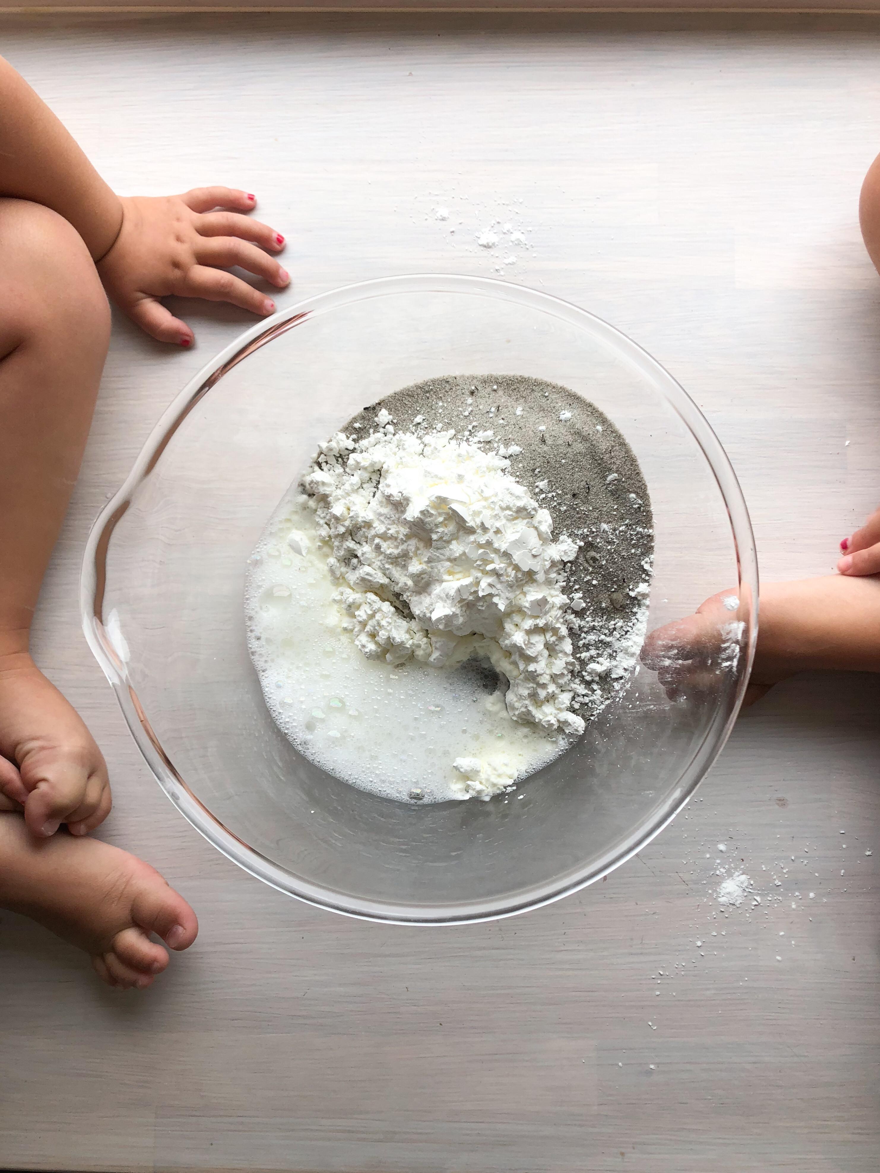 Vi testade: att göra egen magisk sand
